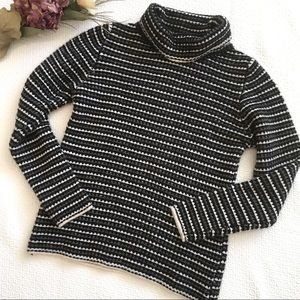 Johnstons of Elgin 100% Cashmere Sweater